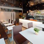Café Doppio - Bar, Espressomaschine und Einrichtung