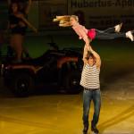 Musical on Ice 2 - Beach Boy mit Girl