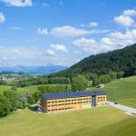 Luftbild vom neu eröffneten Explorer Hotel in Nesselwang - Neuschwanstein