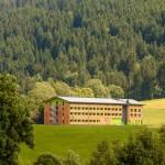 Teleaufnahme vom Explorer Hotel Neuschwanstein in Nesselwang