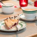 Kaffee und Kuchen im Restaurant Inizio