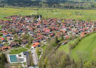 Fischen im Allgäu - Sommerpanorama aus der Luft - Luftbild