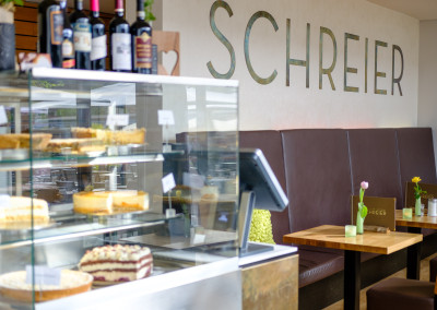 Kuchenauswahl im Cafe Schreier auf der Insel