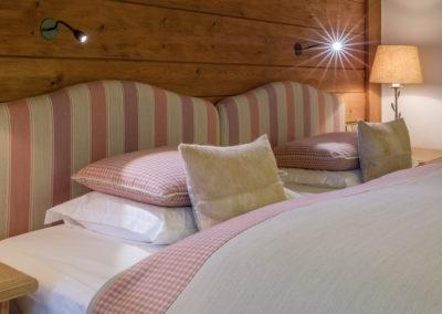 schlafzimmer_sonnenalp_zum_relaxen